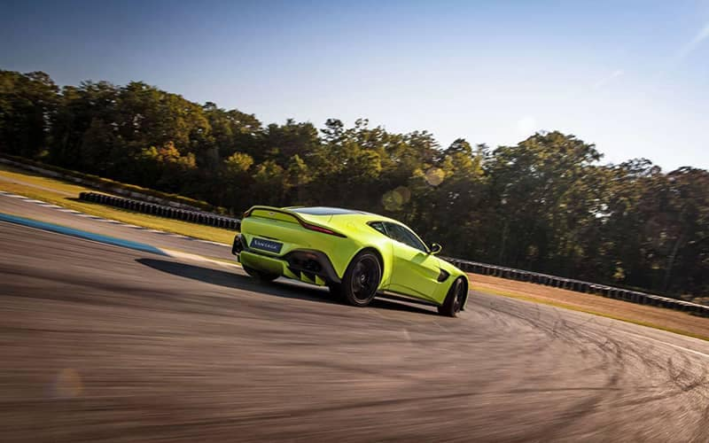 Aston Martin Vantage Performance