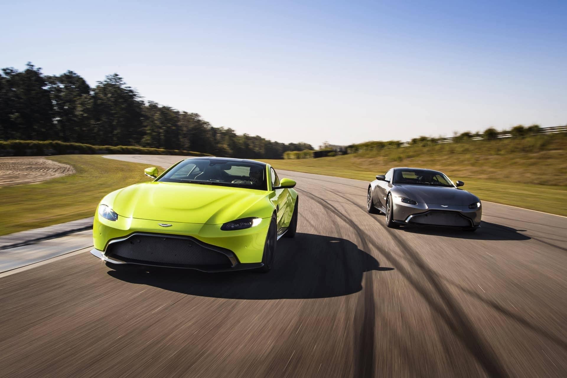 Aston-Martin-Vantage-2017-24
