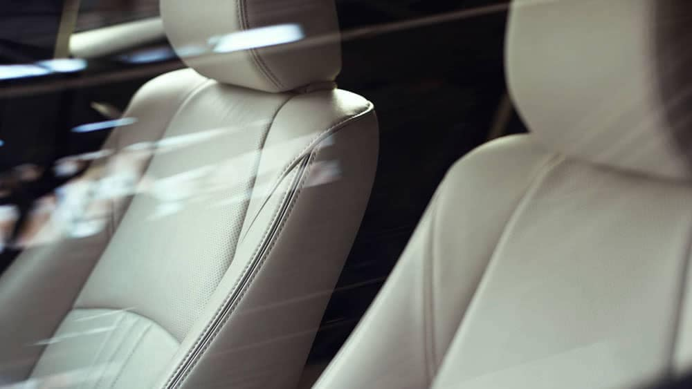 2019 Mazda CX-3 leather front seats