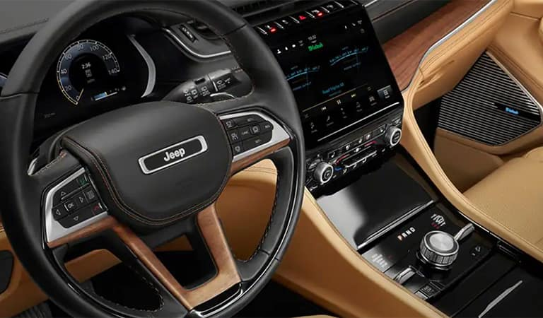 New 2020 Jeep Grand Cherokee L Patchogue NY