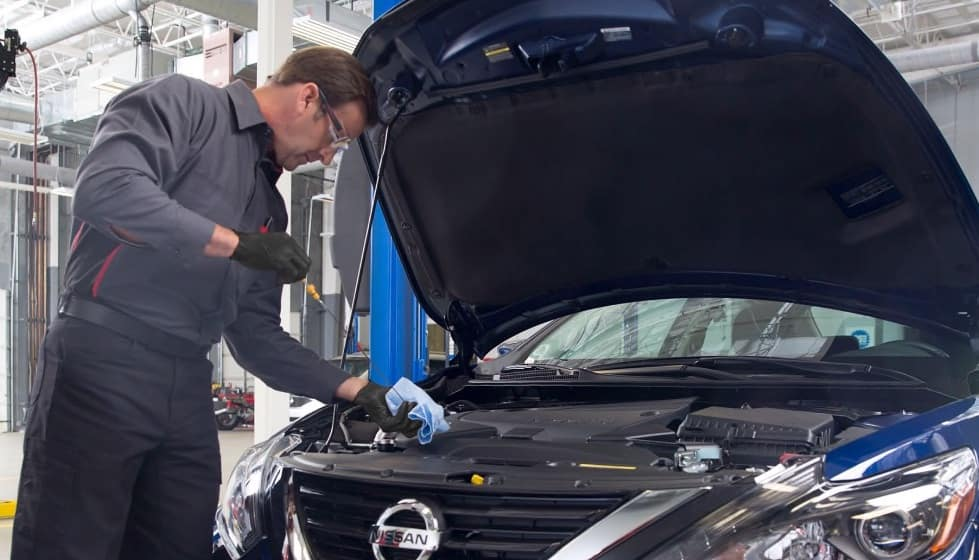Nissan car oil change service in Council Bluffs