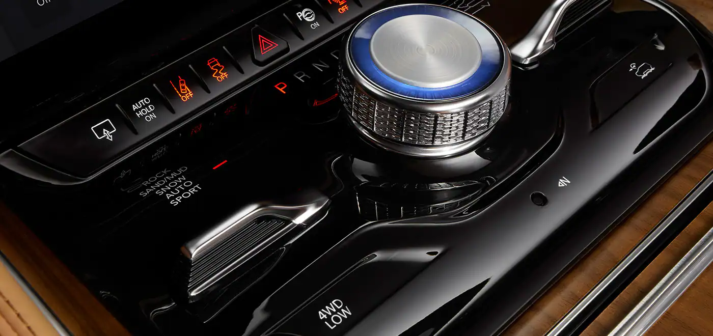 2022 Jeep Wagoneer console control