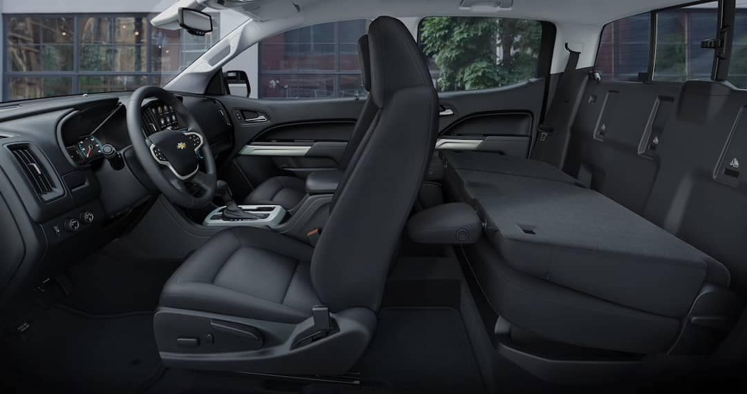 2019-colorado-cabin-rear-fold-down-seats