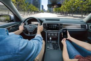 Volkswagen Atlas vs Toyota Highlander