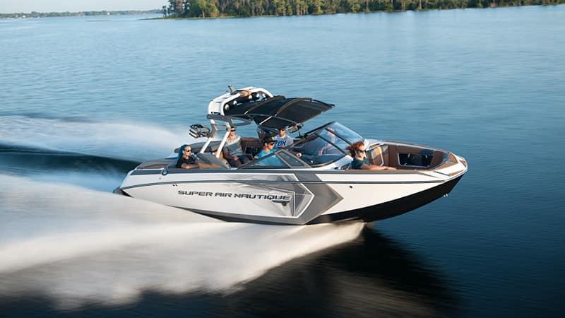 super air nautique wakeboard boat