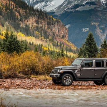 2018-Jeep-Wrangler-JL-Gallery-Exterior-Sahara-River