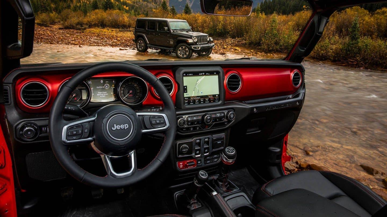 2018-Jeep-Wrangler-JL-Gallery-Interior-Rubicon-Console
