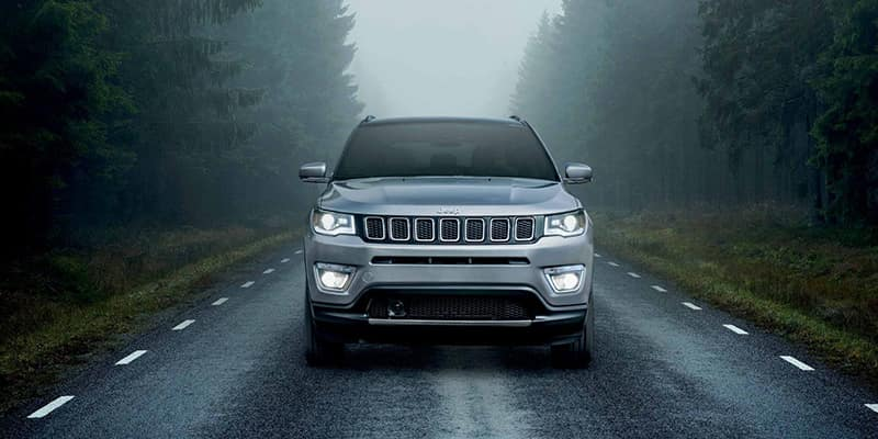 2019-Jeep-Compass-Gallery-Capability-Altitude-White-Forest.jpg.image.1440