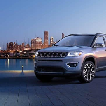 2019-Jeep-Compass-Gallery-Exterior-Laltitude-Grey-Front-Skyline.jpg.image.1440