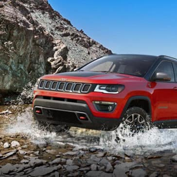 2019-Jeep-Compass-Gallery-Exterior-Trailhawk-River.jpg.image.1440