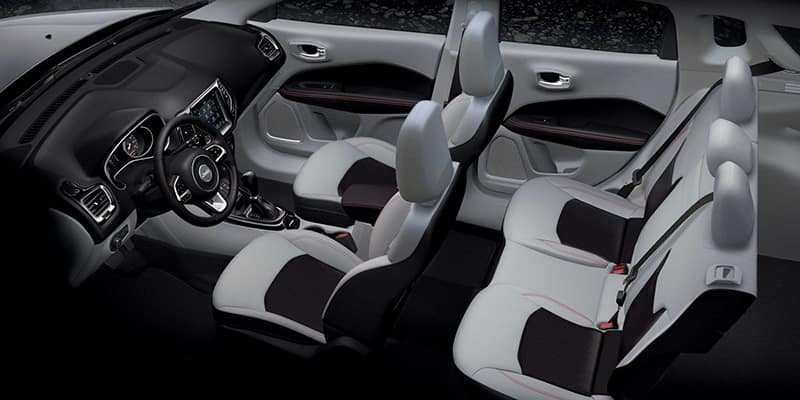 2019-Jeep-Compass-Gallery-Interior-Light-Grey-Black-Red-Stitching-Seating.jpg.image.1440