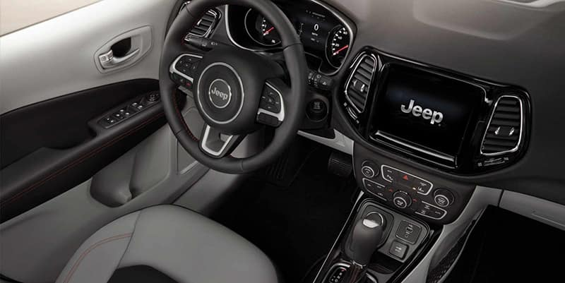 2019-Jeep-Compass-Gallery-Interior-Light-Grey-Dashboard.jpg.image.1440