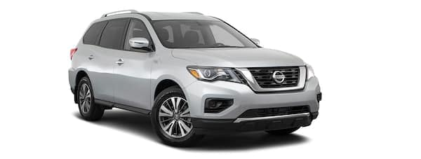 A silver 2020 Nissan Pathfinder is facing right.