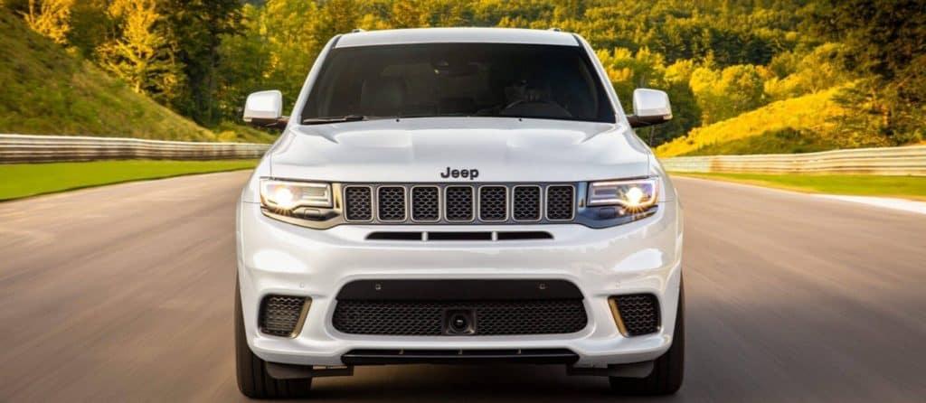 2020 Jeep Grand Cherokee grill