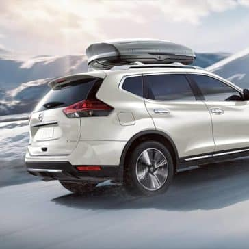 2020-nissan-rogue-rear-glass