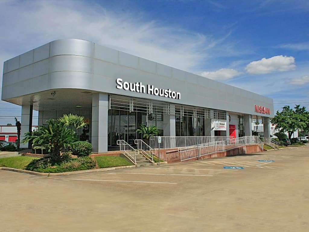 South Houston Nissan