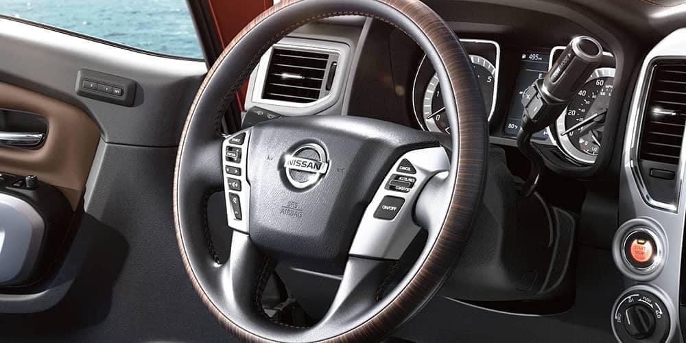 2019-Nissan-Titan