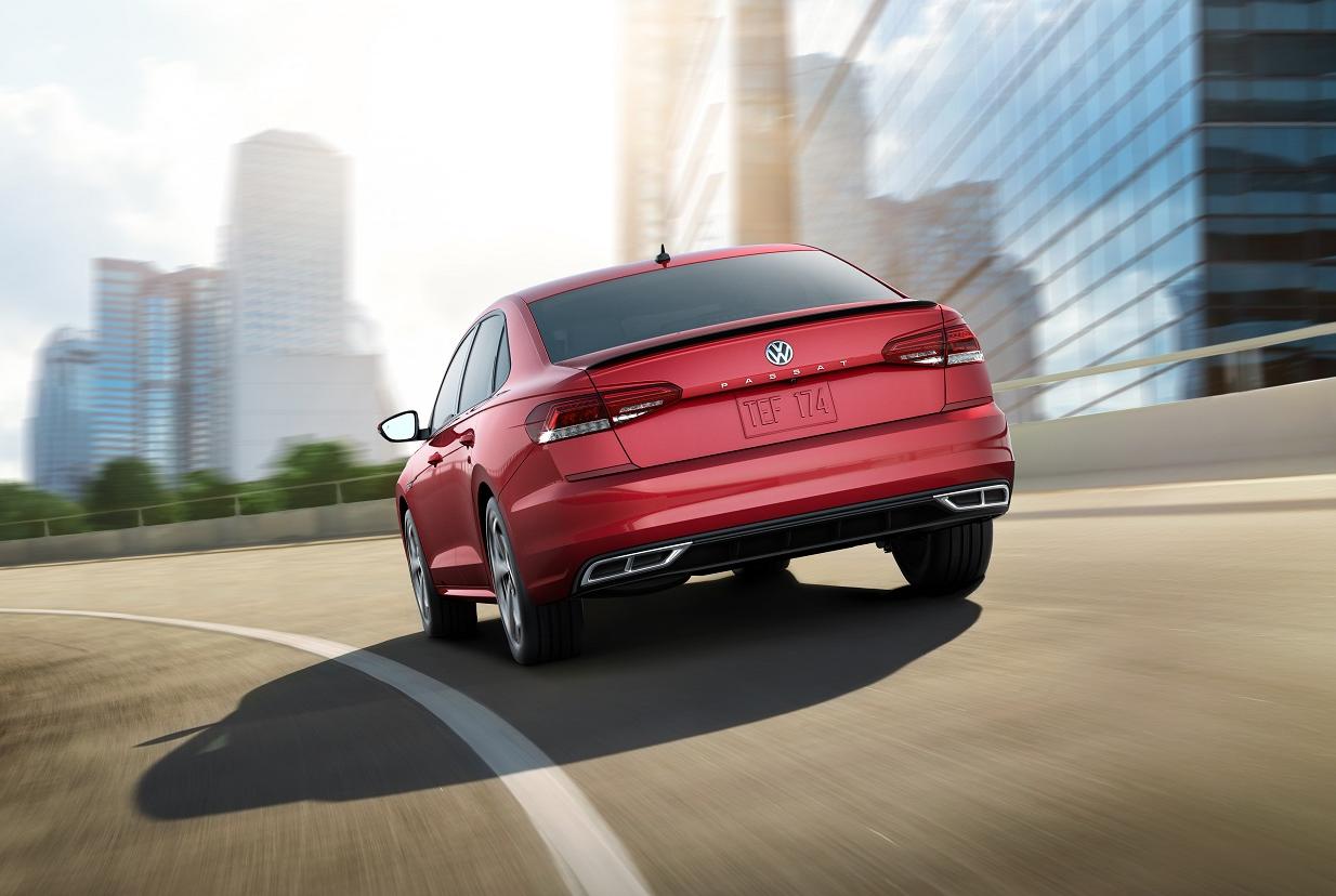 2020 Volkswagen Passat Red