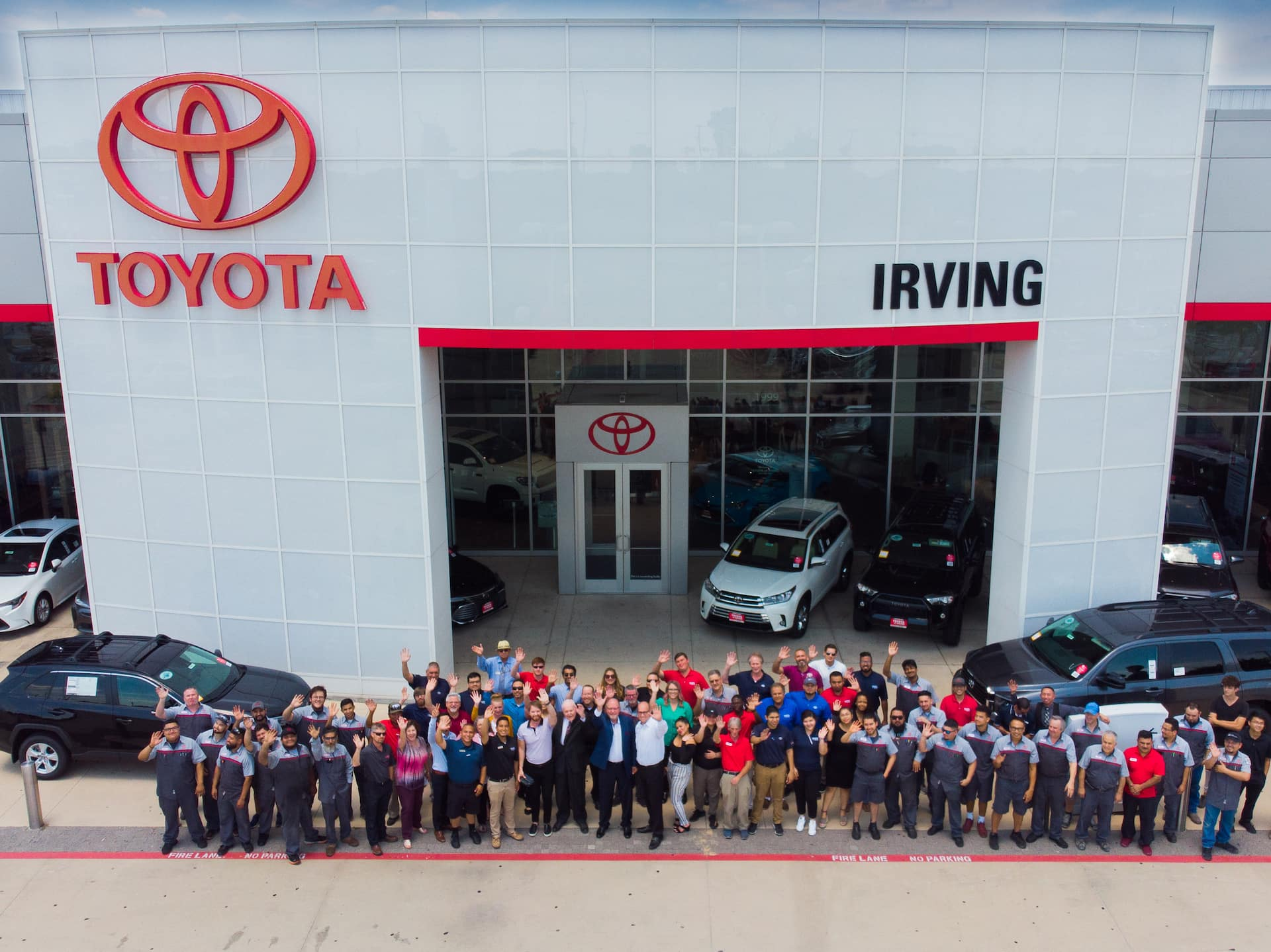 Toyota Dealerships Dfw >> Toyota Of Irving New Used Dealer In Irving Tx